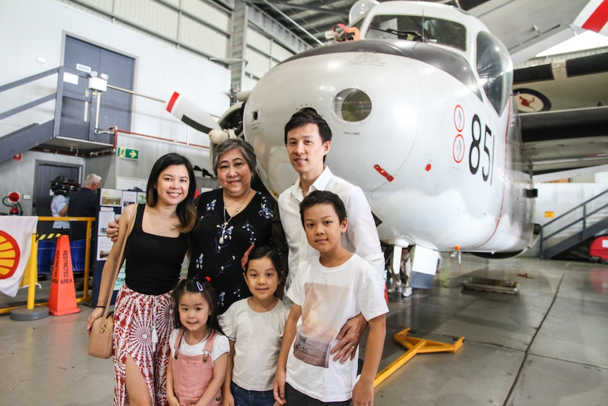 Mai Hong and her family
