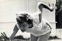 Marjorie Jackson-Nelson running at the Olympic Games in 1952.
