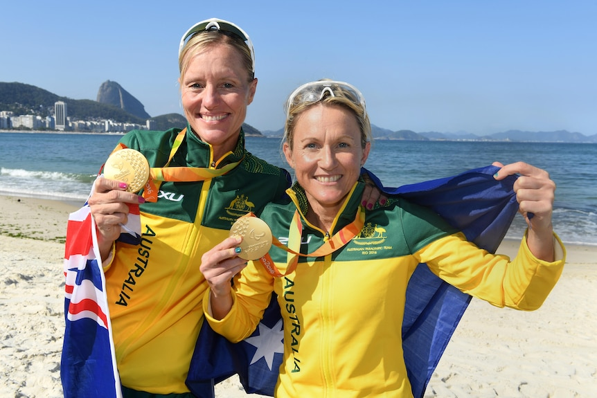 Katie Kelly and Michellie Jones with their gold medals in Rio.