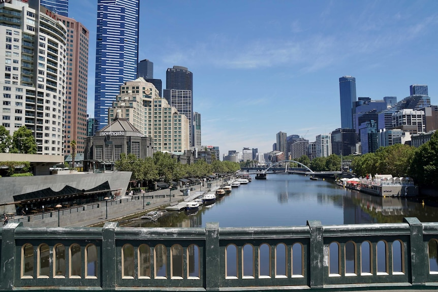 The Yarra River at Southbank on a blue sky day.