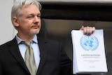 Julian Assange speaks from balcony of Ecuadorian embassy in London