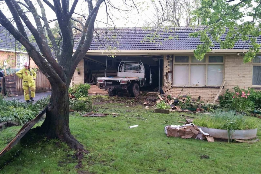 Car crashes into Lilydale house