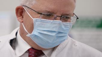 Scott Morrison wearing a mask