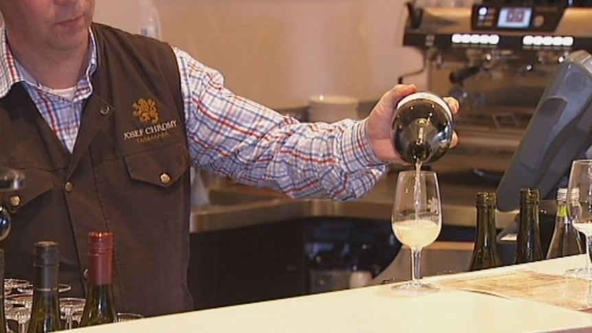 Wineries warned to offer more at the cellar door
