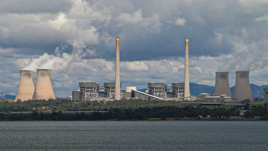 Solar-hydro energy plant to be built on Liddell coal-fired power station site – ABC News