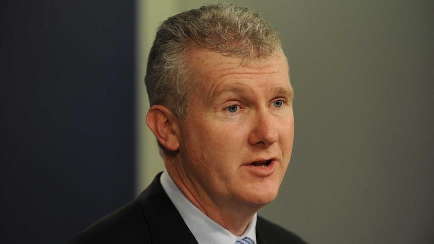 Tony Burke says asylum seekers asking for money back