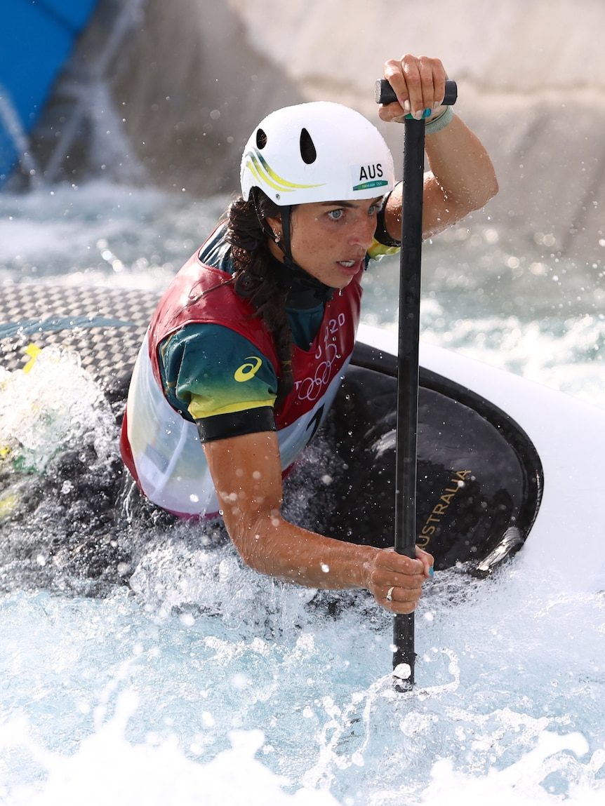 Jess Fox wins world championships gold in new Olympic event