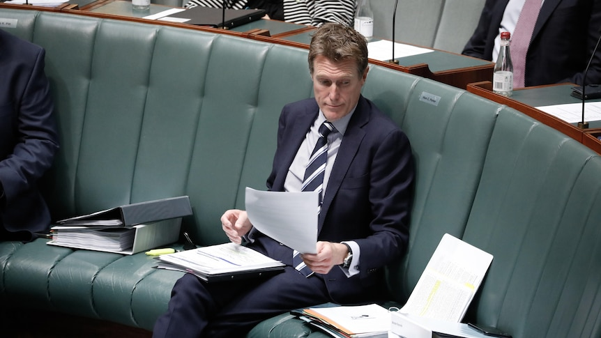 Christian Porter sitting on the frontbench in the House of Representatives