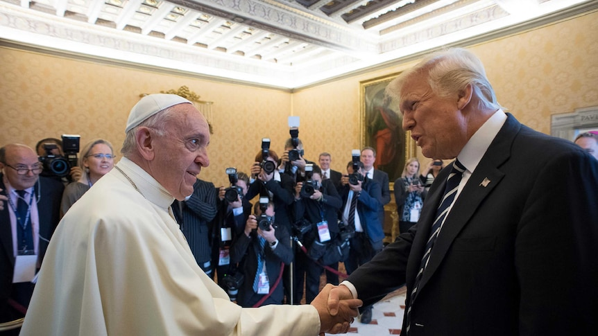 Pope Francis kept a stern face during the encounter. (Photo: AP/L'Osservatore Romano)