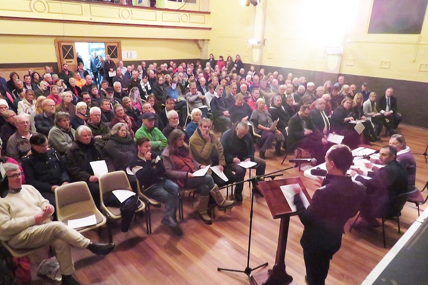 Meeting at Huonville Town Hall, to debate woodchip proposal at Dover.