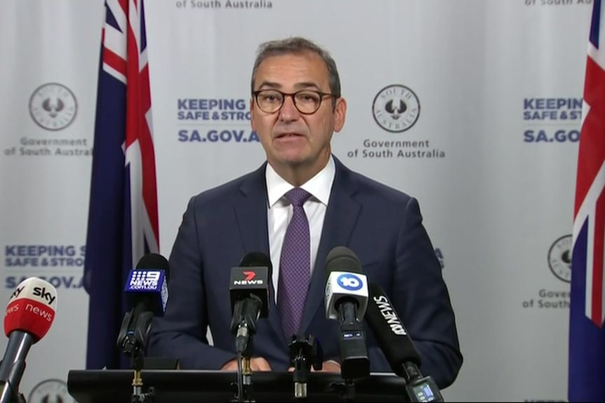 SA Premier Steven Marshall says border with Victoria will remain open