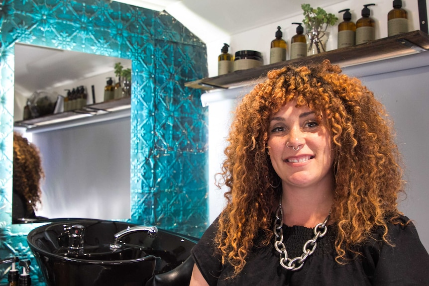 Dos And Don Ts Of Colouring Your Hair At Home As Told By Experts Abc Everyday