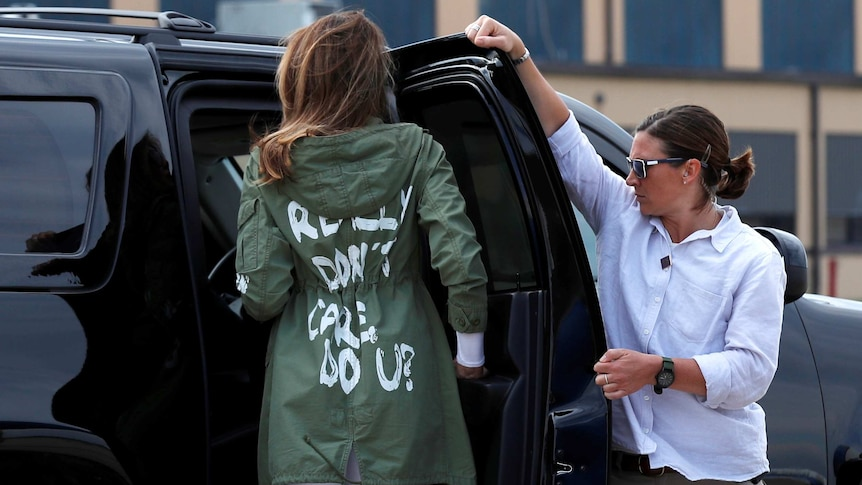 Melania Trump wore the jacket to and from her trip to Texas. (Photo: Reuters/Kevin Lamarque)