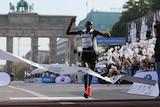 Dennis Kimetto wins the 2014 Berlin Marathon