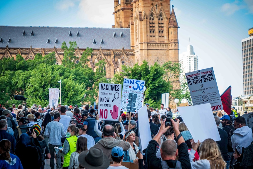 A protest which was promoted by anti-5G and anti-vaccination activists was held in Sydney during the pandemic.