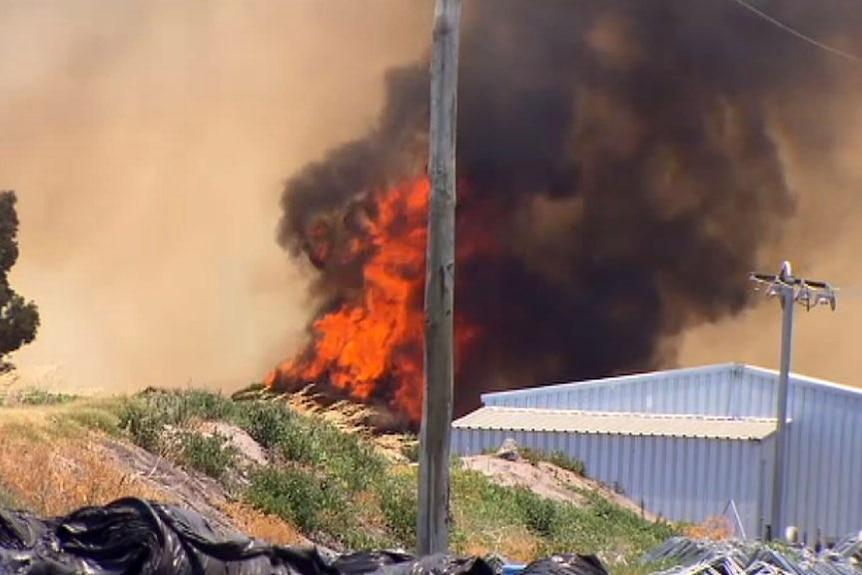 Bullsbrook fire rages