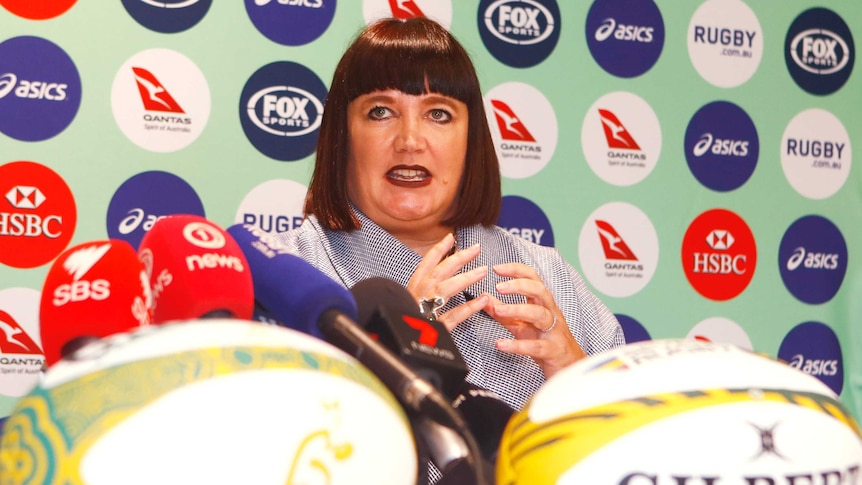 Raelene Castle has been named as Rugby Australia's new chief executive.