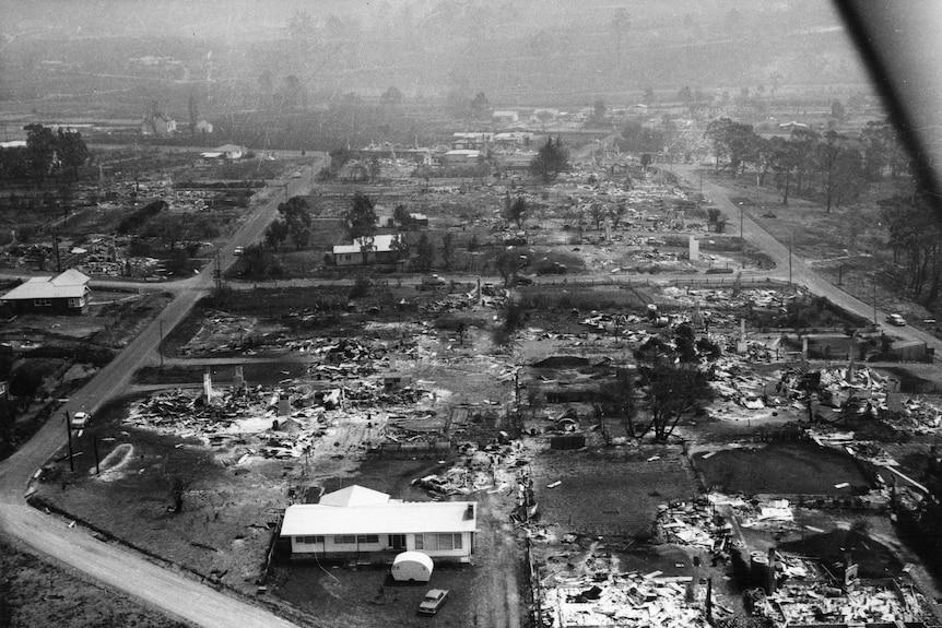 Aerial shot of bushfire damage in Hobart 1967