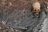 King Richard III in his grave