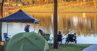Camping at Wivenhoe Dam
