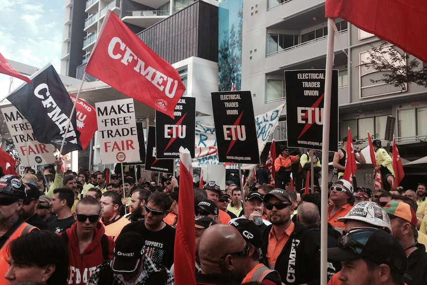 More than 2,000 workers rally in Brisbane's CBD on July 27, 2015