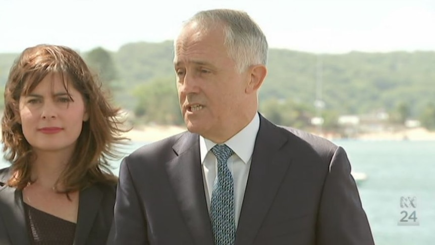 Abbott contradicted by expert advice: Turnbull