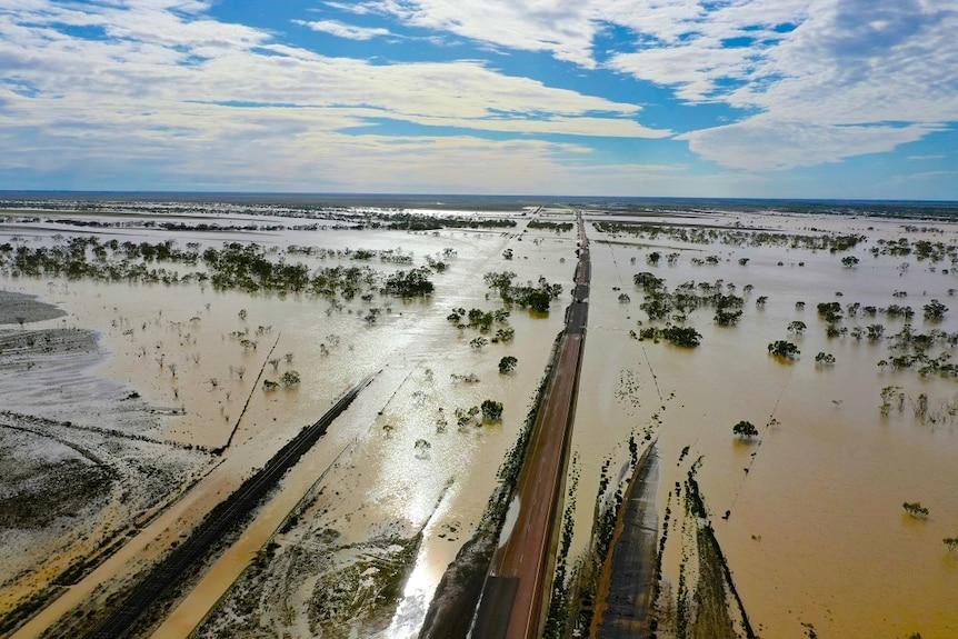 Landsborough Highway, south east of Winton, Queensland.