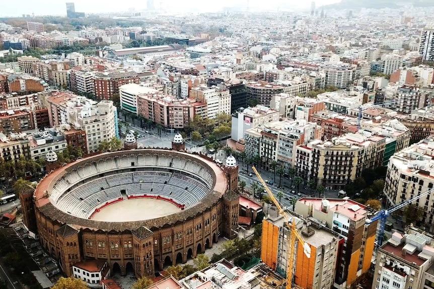 An aerial photo of La Monumental bullfighting stadium.