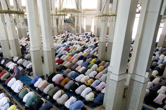 The local imam says a second centre in the south would assist the region's growing population. (file photo)