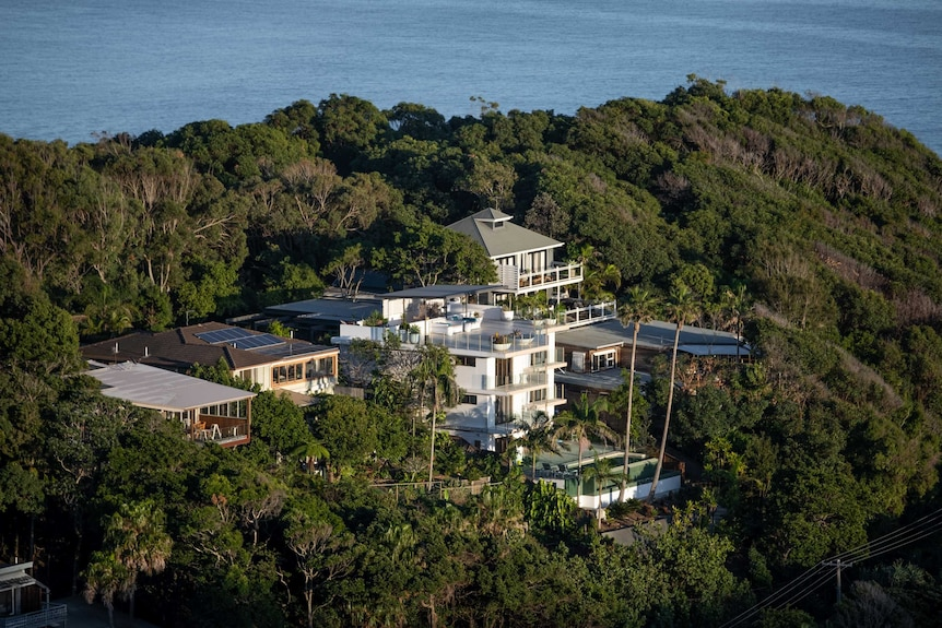 Mansions overlooking the ocean at Byron Bay, Australia's most easterly point.