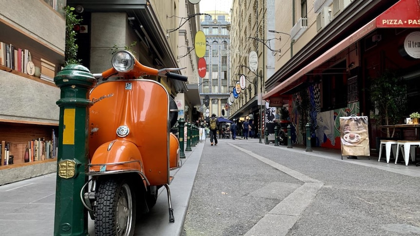 A photo of Degraves Street in May 2021.