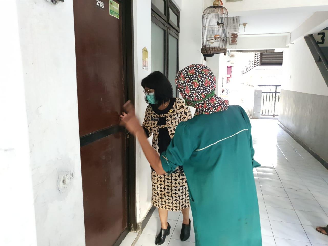 Tracing door to door