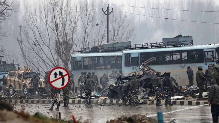Atleast 40 soldiers killed in deadly car bomb in Kashmir