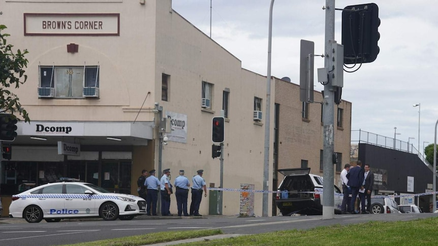 Police investigate Wollongong shooting