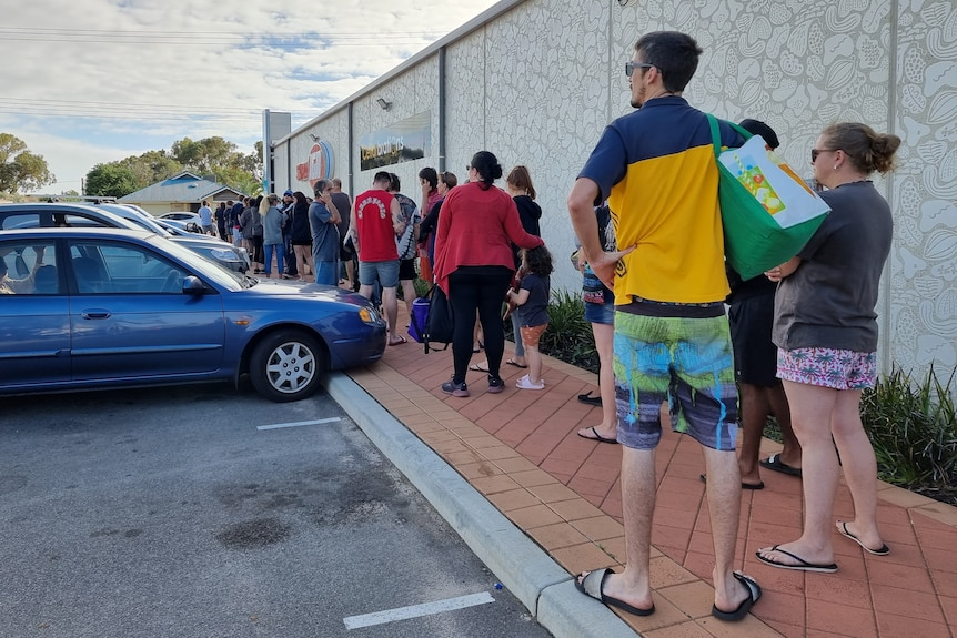 A long queue outside a Geraldton supermarket.