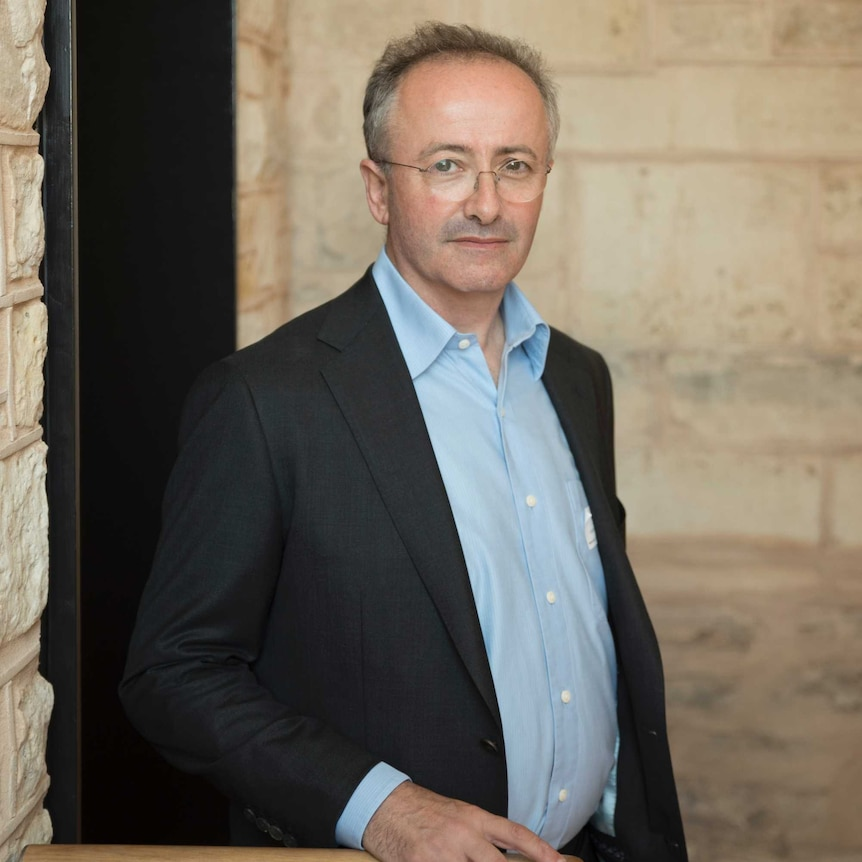 Andrew Denton launches a voluntary euthanasia campaign in Adelaide.