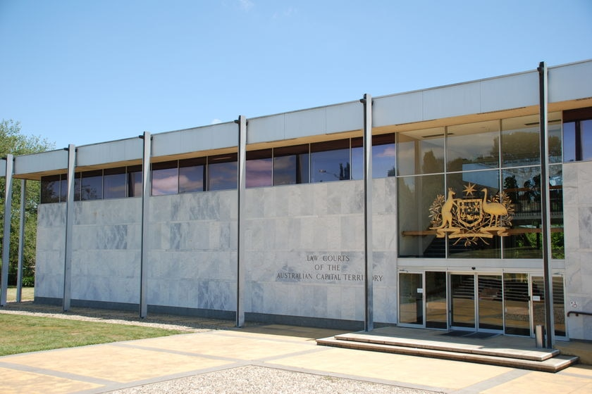 An ACT Supreme Court jury has found a man guilty of the Mawson Club heist in 2004 in which $150,000 was stolen.
