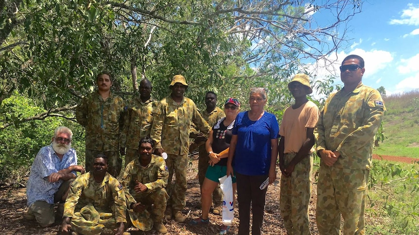 AIDP Trainees, mentors and TNRM staff on a field trip to Rum Jungle Lake.