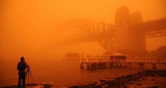 Red dust blanketing the Sydney Harbour Bridge