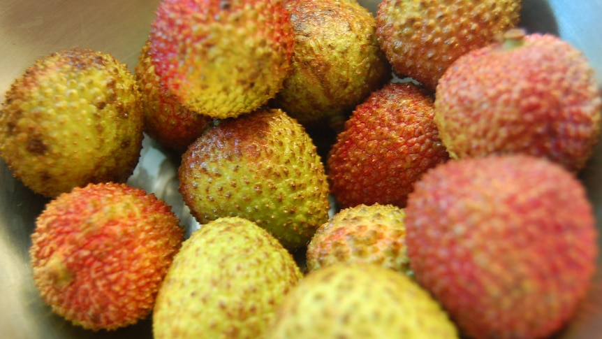 A bowl of lychees