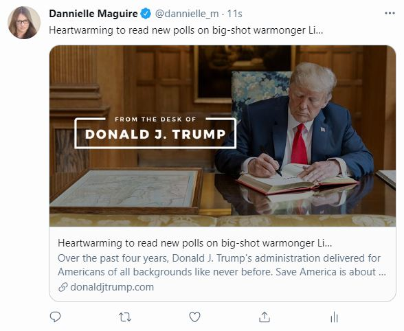 A screenshot of a tweet with a link to Donald Trump's website.