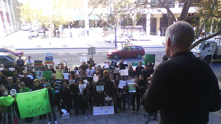 Adelaide Iranian supporters rally