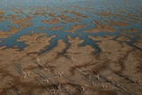 The receding waters of Lake Pamamaroo
