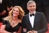 Julia Roberts and George Clooney on the red carpet.