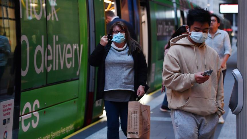 Mask wearing on public transport