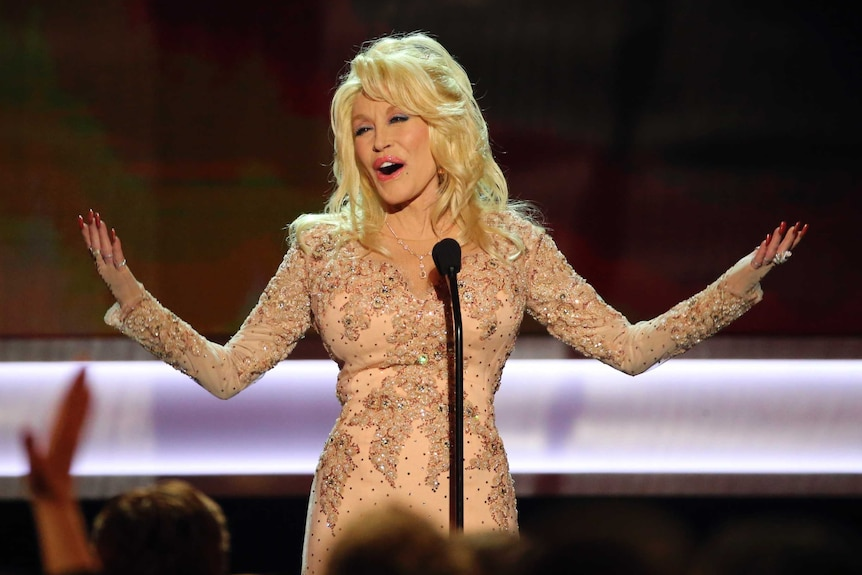 Dolly Parton on stage at Screen Actors Guild Awards in Jan 2017