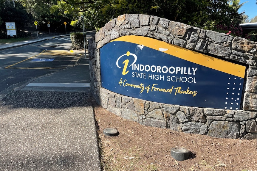 Sign for Indooroopilly State High School