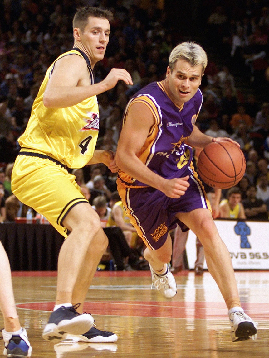 Heal playing with the Sydney Kings in 2002.