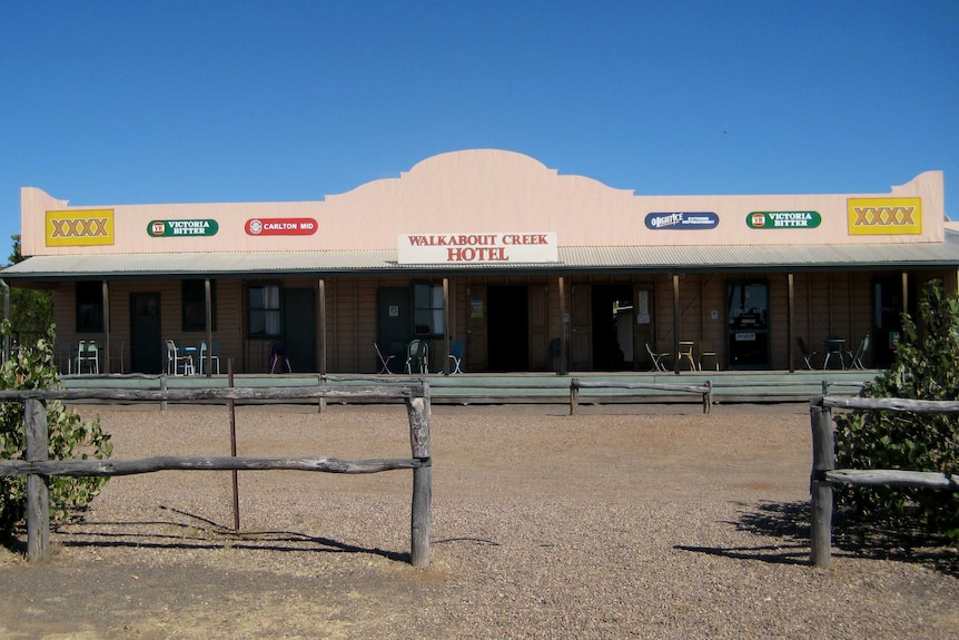 Walkabout Creek Hotel in outback Qld.