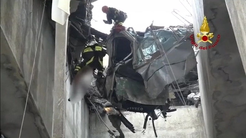Firefighters rescue Gianluca Ardini trapped in a suspended car